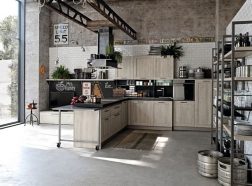 cuisine-industrielle-etageres-metalliques-e1433840792819