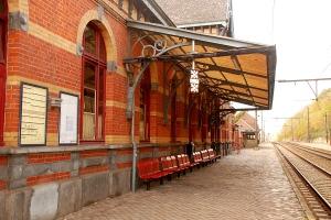 Gare_de_Genval_Marquise